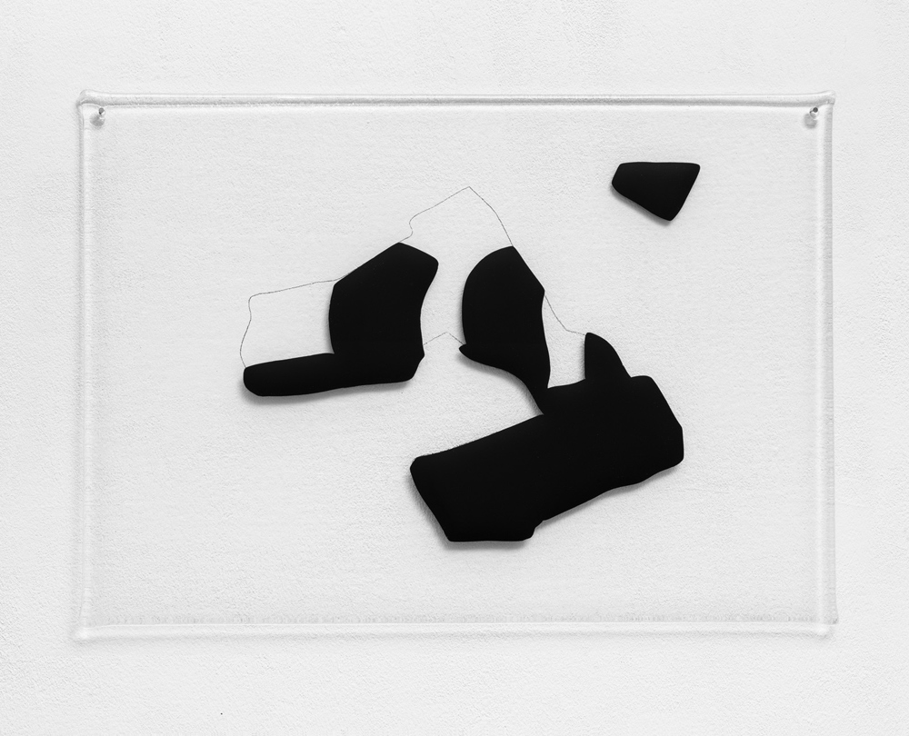 Body and Feet Positions in Relation to Line of Dance, 2019,Glass (Clear & Black), 42 x 59,4 cm